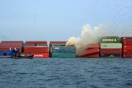 Vụ va chạm trên biển Vũng Tàu: Container bất ngờ bốc cháy
