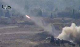 Tên lửa vác vai phiến quân bắn trúng máy bay Syria