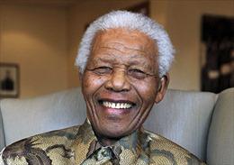 Cựu Tổng thống Nelson Mandela không thể nói