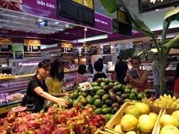 Nông dân, người tiêu dùng hưởng lợi từ liên kết