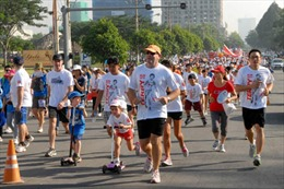 Hơn 15.000 người chạy bộ từ thiện tại TP.HCM