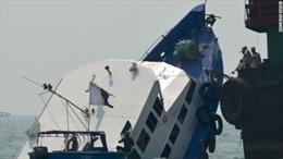 Tai nạn phà tại Hong Kong, hàng chục người bị thương