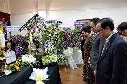 Phó Thủ tướng, Bộ trưởng Ngoại giao Phạm Bình Minh viếng ông Mandela