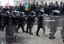 Phe đối lập Ukraine hô hào chiếm trụ sở chính quyền
