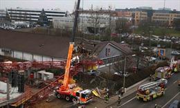 Đổ cần cẩu tháp ở Đức, nhiều người thương vong