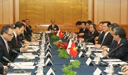 Thủ tướng đối thoại với các tập đoàn hàng đầu Nhật Bản