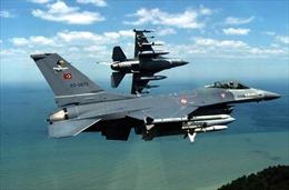 F-16 Thổ Nhĩ Kỳ chặn máy bay Syria vi phạm không phận
