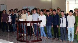 Xét xử 18 bị cáo gây rối tại Trại giam Xuân Lộc