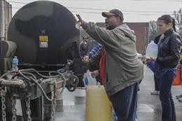 Mỹ ban bố tình trạng khẩn cấp tại West Virginia