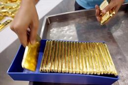 Giá vàng chạm mức cao nhất một tháng qua