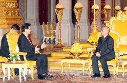 Thủ tướng Nguyễn Tấn Dũng tiếp kiến Quốc vương Campuchia