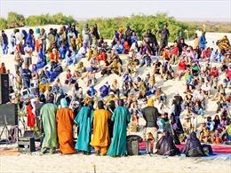 Mê hoặc lễ hội châu Phi