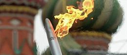 Đuốc Olympic bắt đầu hành trình quanh Sochi