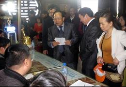 Bộ trưởng Văn hóa kiểm tra lễ hội tại Ninh Bình
