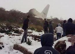 Chỉ một người sống sót trong vụ rơi máy bay Algeria