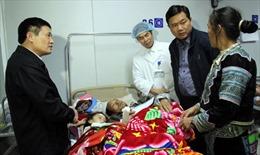 Bộ trưởng Đinh La Thăng kiểm tra hiện trường vụ sập cầu treo