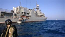 Soái hạm của Ukraine quay sang phía Nga
