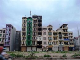 Nhà siêu méo án ngữ mặt phố Hà Nội