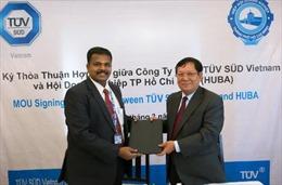 Hỗ trợ DN dệt may, da giày Việt thâm nhập thị trường quốc tế