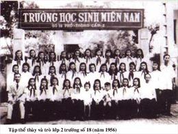 Trường học sinh Miền Nam trên đất Bắc