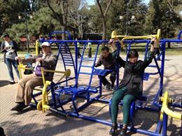 Người Bắc Kinh hào hứng với khu tập thể dục công cộng