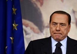Ông Berlusconi bị phạt lao động công ích 1 năm
