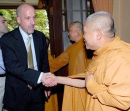 Thúc đẩy các hoạt động giao lưu, trao đổi Việt-Mỹ