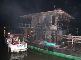 Vụ cháy tàu chở dầu: Nghi do nổ hỗn hợp hơi xăng
