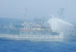 Trung Quốc gây hấn ở Biển Đông - Lợi bất cập hại