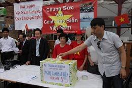 Người Việt tại Đức tiếp tục tuần hành hướng về quê hương