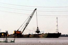 TPHồ Chí Minh đề xuất thu phí sử dụng kết cấu cảng biển và duy tu luồng hàng hải
