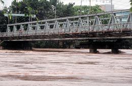 Khu du lịch Mẫu Sơn (Lạng Sơn) bị cô lập sau bão