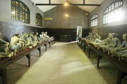 Nhà tù Hỏa Lò trong ký ức những cựu tù chính trị