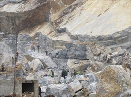 Sập mỏ đá, 5 người thiệt mạng