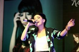 """Minh Chuyên ra mắt Album """"Khi nào anh thuộc về em"""""""