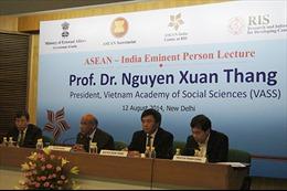 Chủ tịch Viện Hàn lâm khoa học Việt Nam thuyết trình về trật tự kinh tế mới tại châu Á