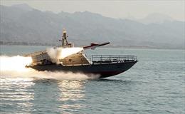 Tàu Mỹ bắn cảnh cáo tàu cá Iran ở vùng Vịnh