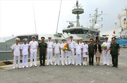 Tàu Hải quân Australia thăm TP Hồ Chí Minh