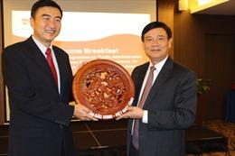 Việt Nam học hỏi Singapore về hành chính công