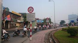 Khó truy trách nhiệm biển báo giao thông bất hợp lý