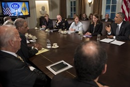 Lầu Năm Góc lập đội hỗ trợ y tế đối phó Ebola