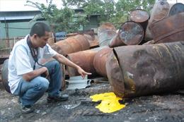 Ngăn chặn nhập khẩu rác thải: Phế liệu thành chất độc