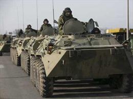 NATO: Nga tăng quân và vũ khí dọc biên giới Ukraine