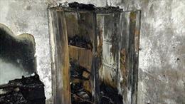 TP. Hồ Chí Minh: Cả gia đình tháo chạy vì cháy nhà