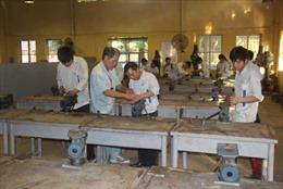 Cử nhân thất nghiệp - tại cả đôi bên: Bài cuối