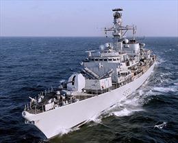 Tàu chiến Anh thăm Cuba