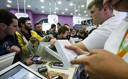 Nga thành thiên đường mua sắm do ruble giảm giá
