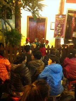 Phố cổ Hà Nội 'say' với nghệ thuật đường phố