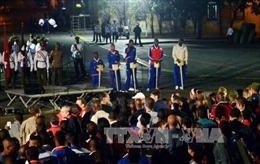 Sinh viên Cuba rước đuốc kỷ niệm ngày sinh Jose Marti