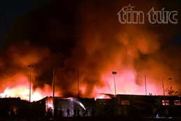 TP.HCM: Dập tắt hoàn toàn vụ cháy kho hàng nội thất